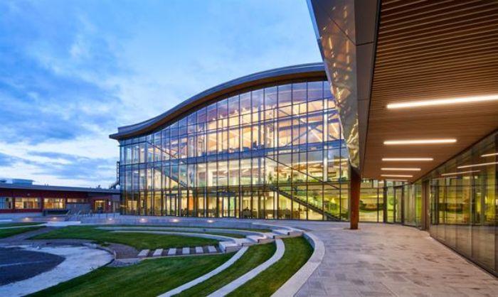 Algonquin College tại bang Ontario