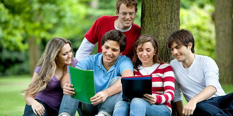 Du học Canada là một trong những sự lựa chọn hàng đầu Châu Á