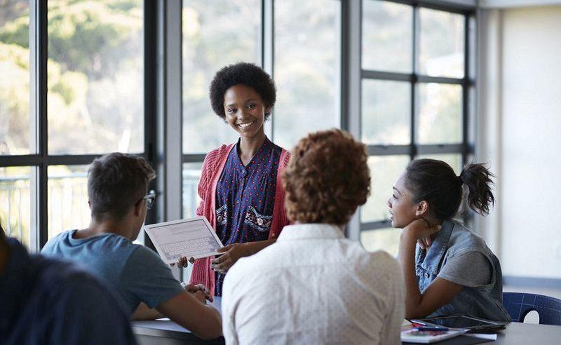Tổ chức NHS được thành lập nhằm tuyên dương học sinh có thành tích học tập, đạo đức, đóng góp xã hội,... xuất sắc