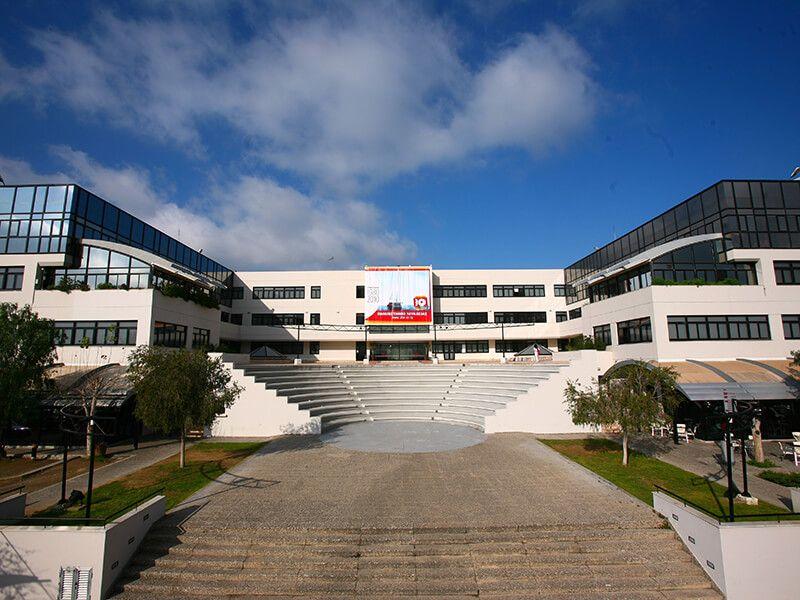Du học Đảo Síp học trường nào? Chọn Đại học Frederick