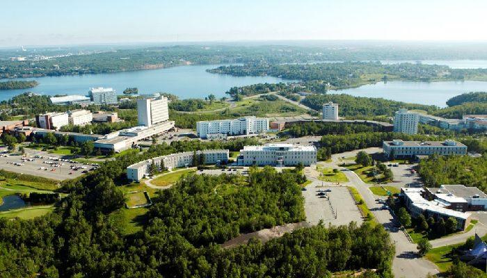 Đại học Laurentian