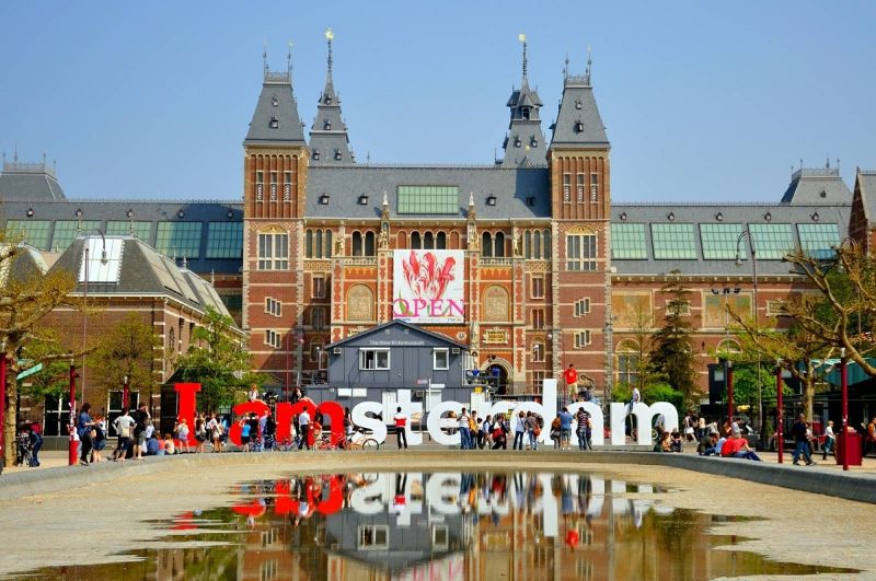 Đại học Amesterdam – Một trong 5 trường Hot của Hà Lan