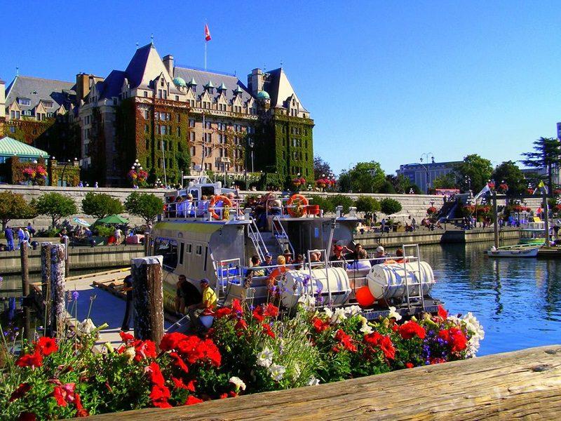 Thời tiết 4 mùa ở Canada phân chia rõ rệt, mùa đông nhiệt độ dưới - 25 độ C